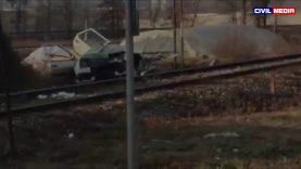 Воз удри во полициско возило на преминот Хиподром